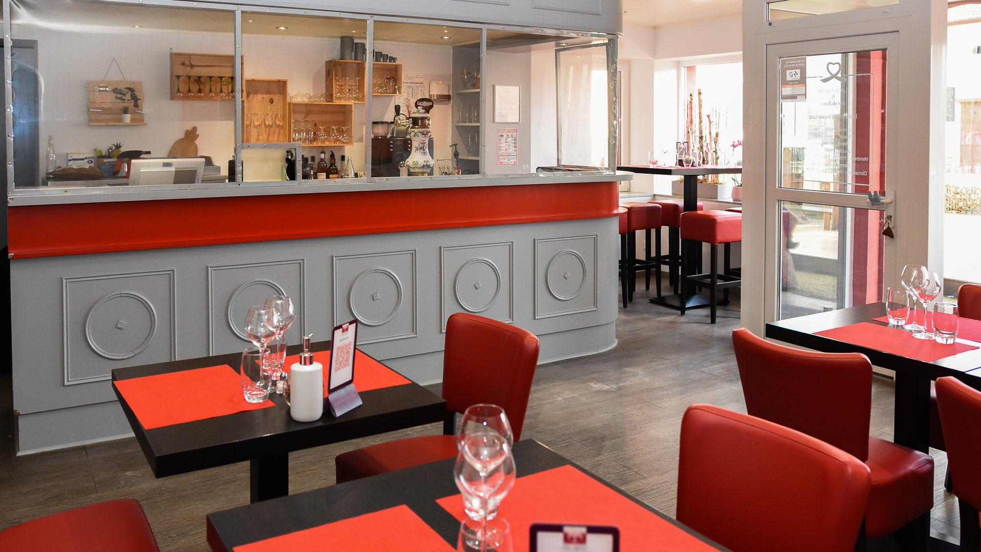 Intérieur du restaurant Le Grognon et ses Délices